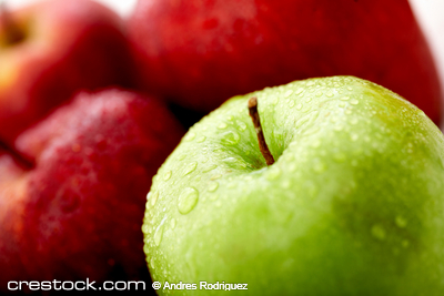 apples in red and green close up